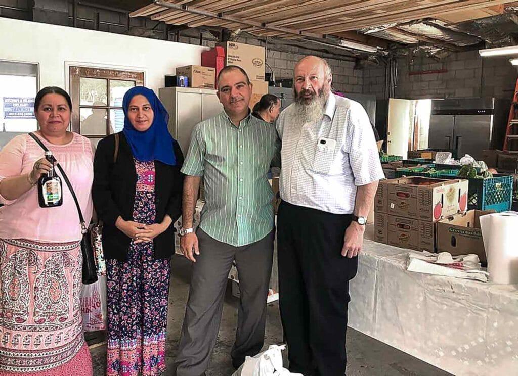 Arizona Kosher Pantry helping an Arizonan Muslim family